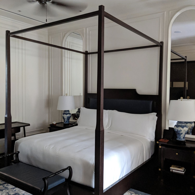raffles hotel singapore palm court suite bedroom