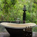 shinta mani wild Butterfly Tent outdoor bathtub