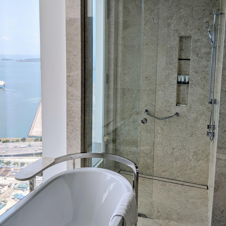the westin singapore westin club king bathroom