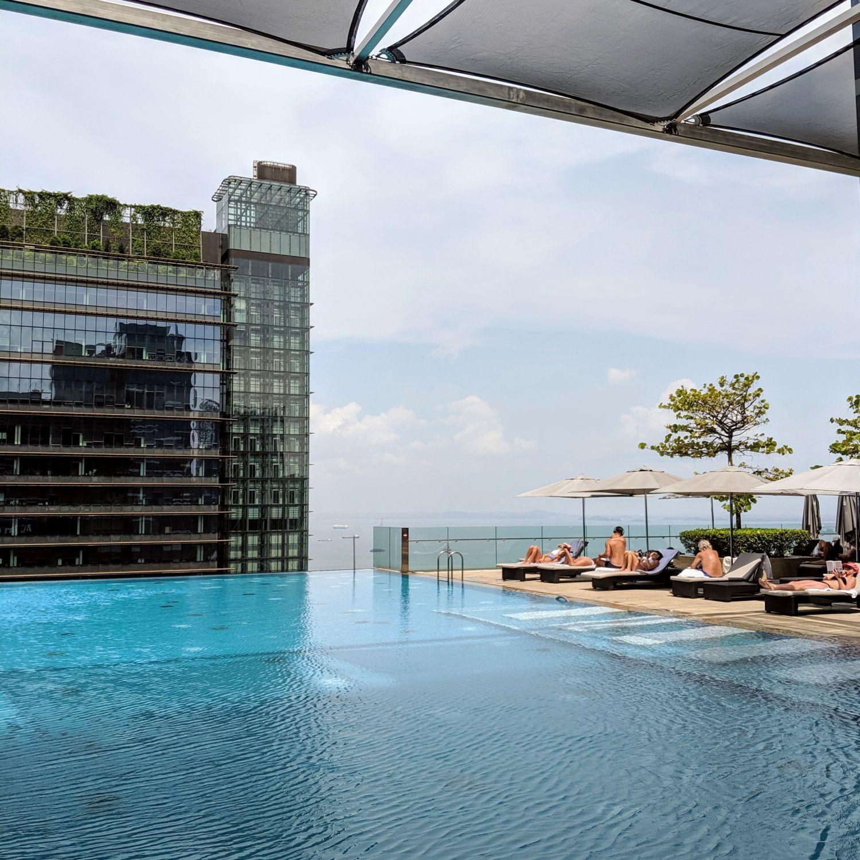 the westin singapore pool