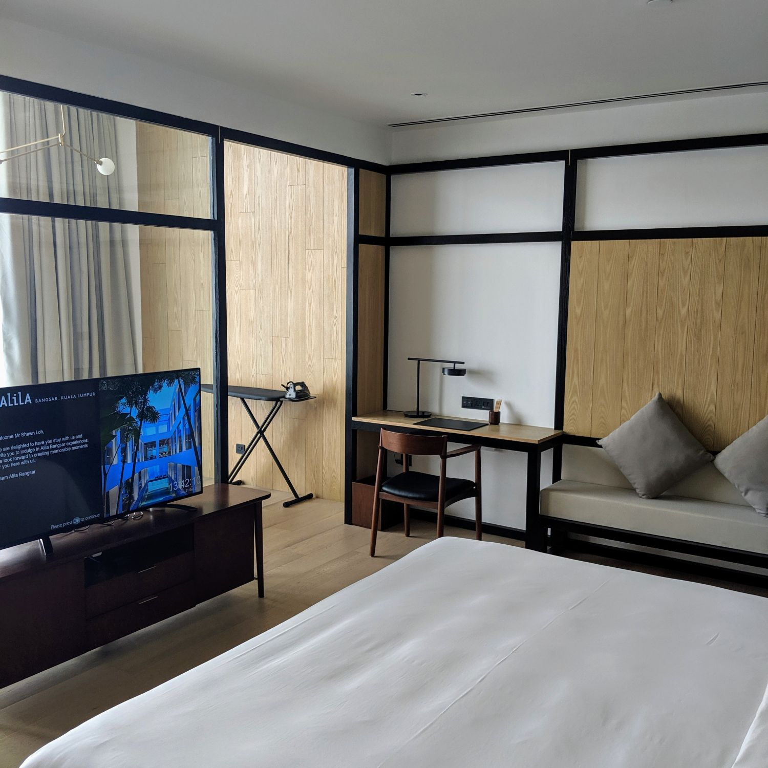 alila bangsar king bed deluxe bedroom