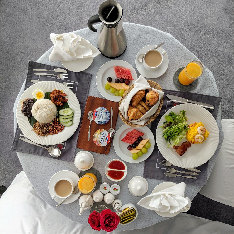 crocksford hotel genting in-room breakfast