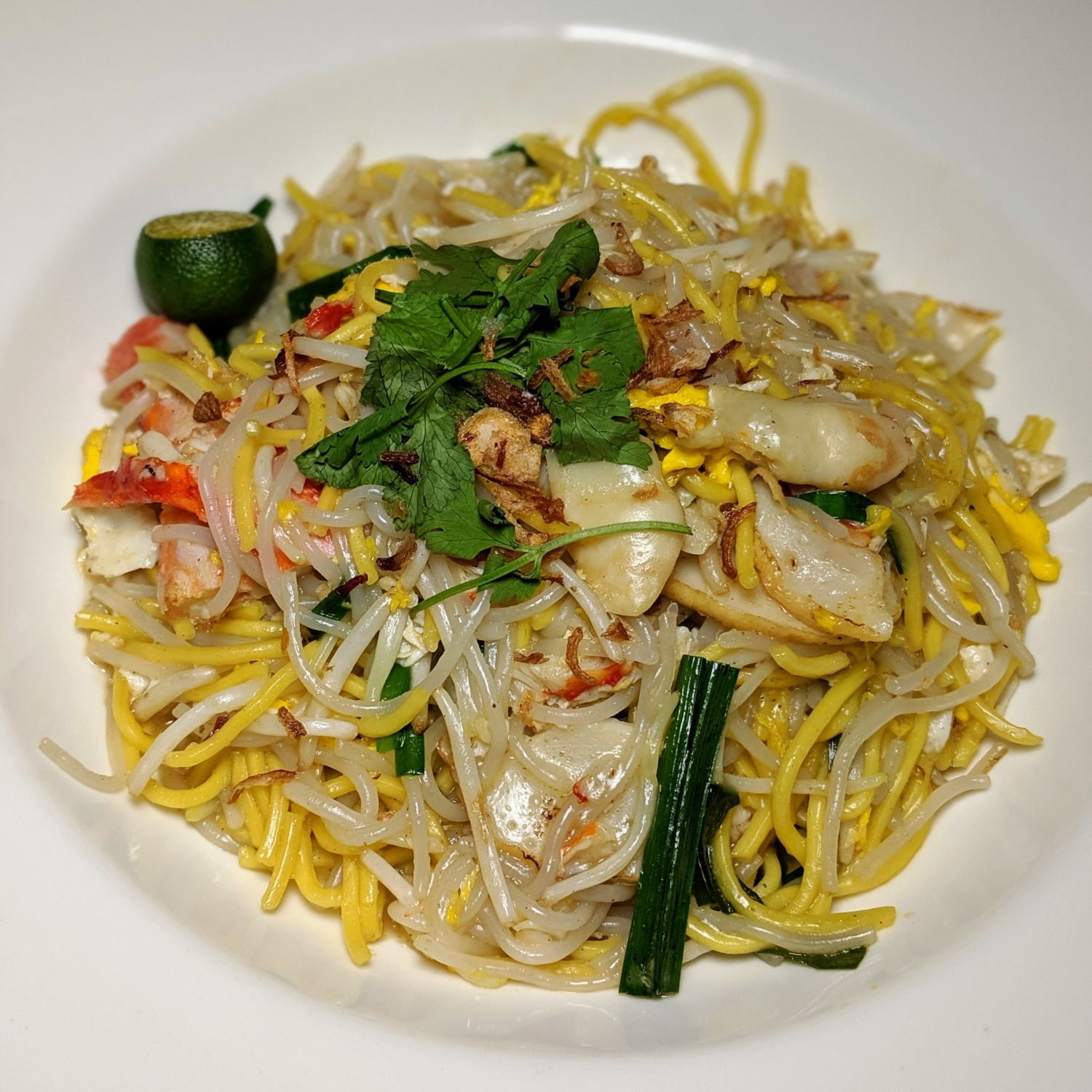 mandarin oriental singapore in-room all day dining menu Alaskan King Crab Hokkien Mee