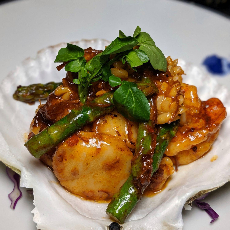 waldorf astoria maldives ithaafushi li long Stir Fried Mixed Seafood with Asparagus in XO Sauce
