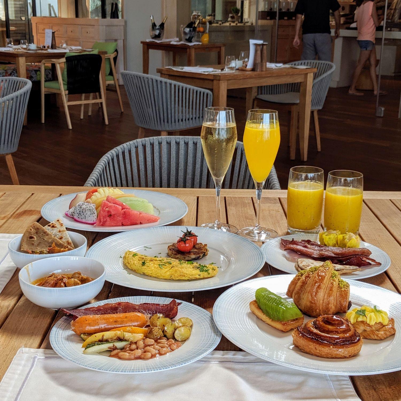 waldorf astoria maldives ithaafushi tasting table breakfast