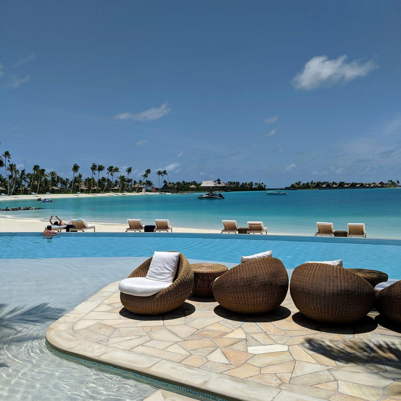 waldorf astoria maldives ithaafushi family pool