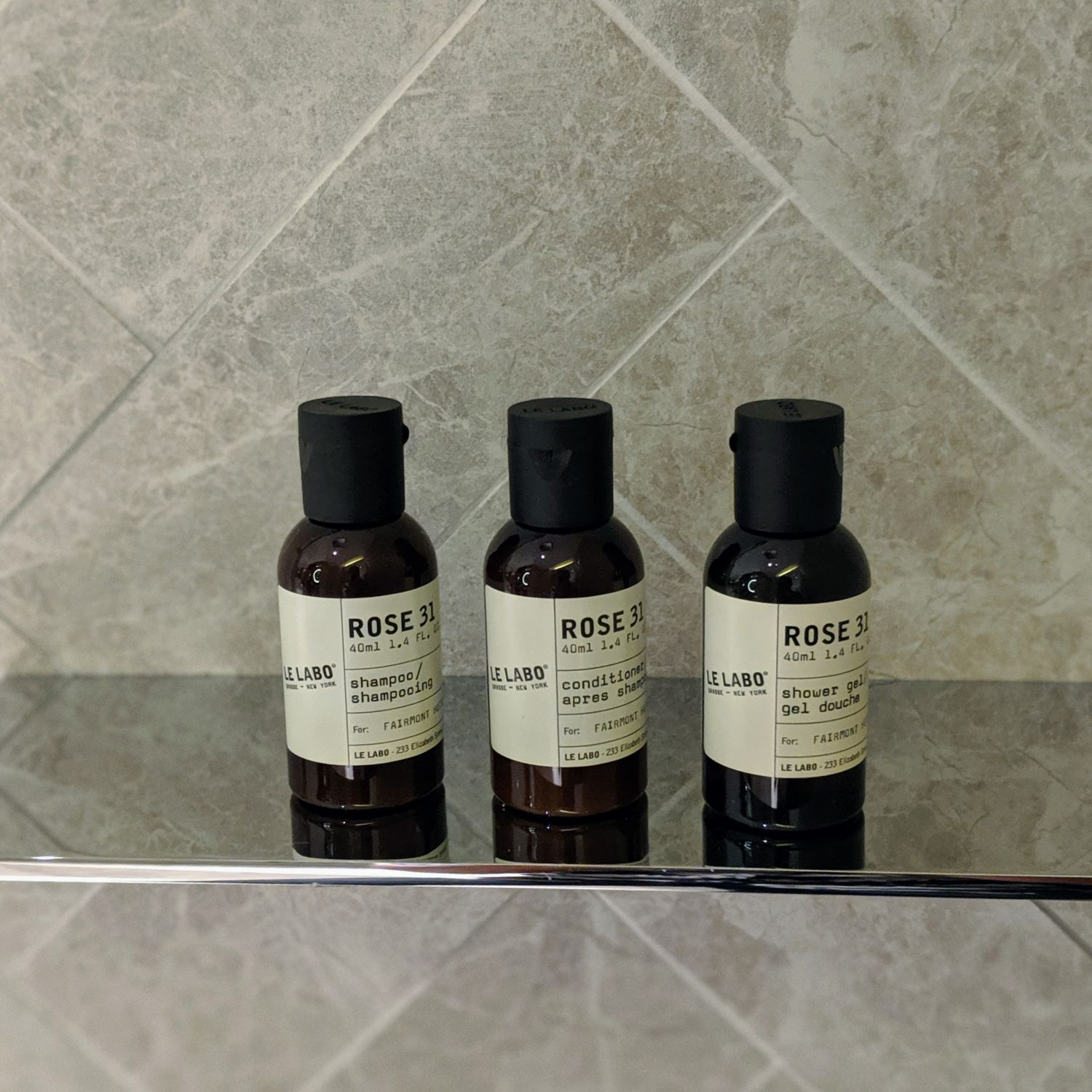 fairmont singapore signature gold king suite bathroom bathroom amenities