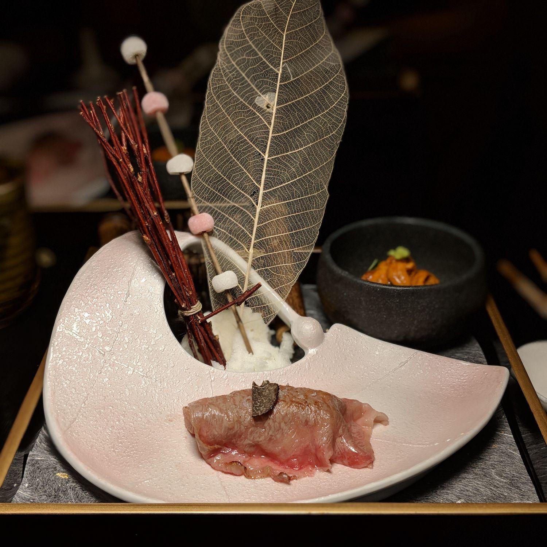 fairmont singapore mikuni a5 tochigi wagyu sushi