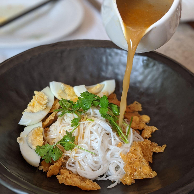 belmond governor's residence yangon mandalay restaurant breakfast mohinga