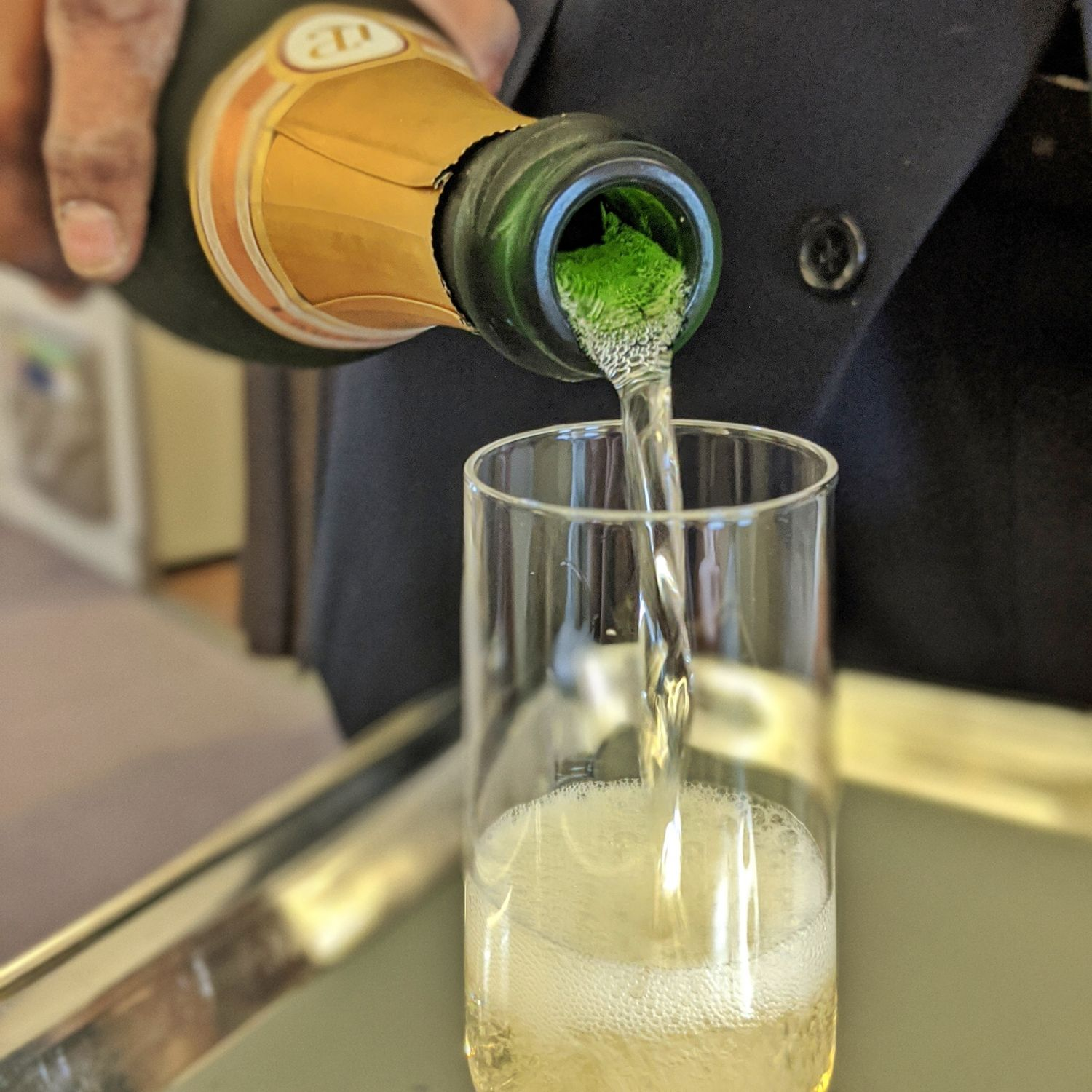Regional Business Class on Singapore Airlines SQ998 Airbus A330-300 Laurent-Perrier Champagne