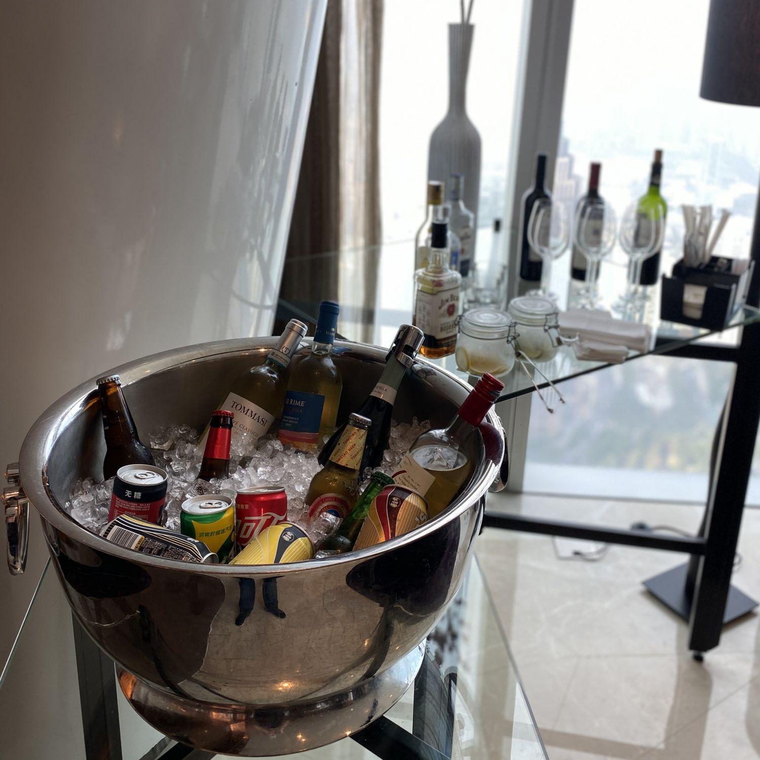 four seasons hotel guangzhou executive club lounge alcohol selection