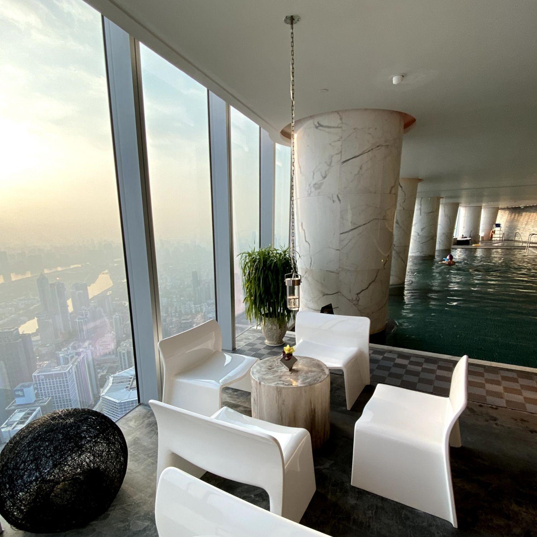 four seasons hotel guangzhou swimming pool