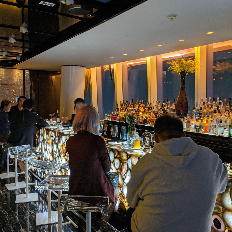 four seasons hotel guangzhou tian bar