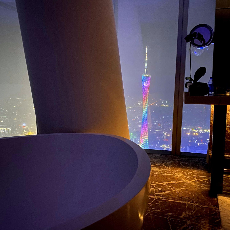 four seasons hotel guangzhou club premier room canton tower view bathroom