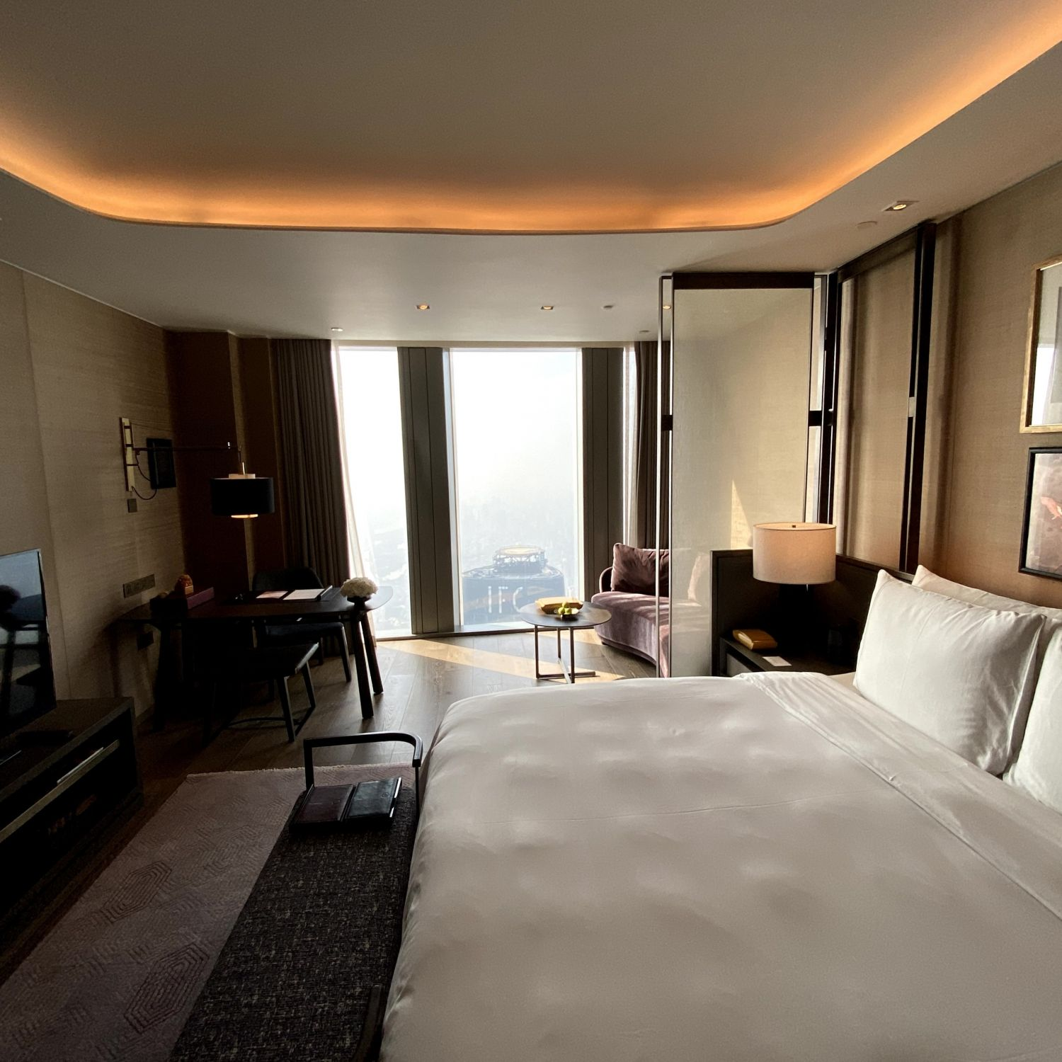 rosewood guangzhou club river view room