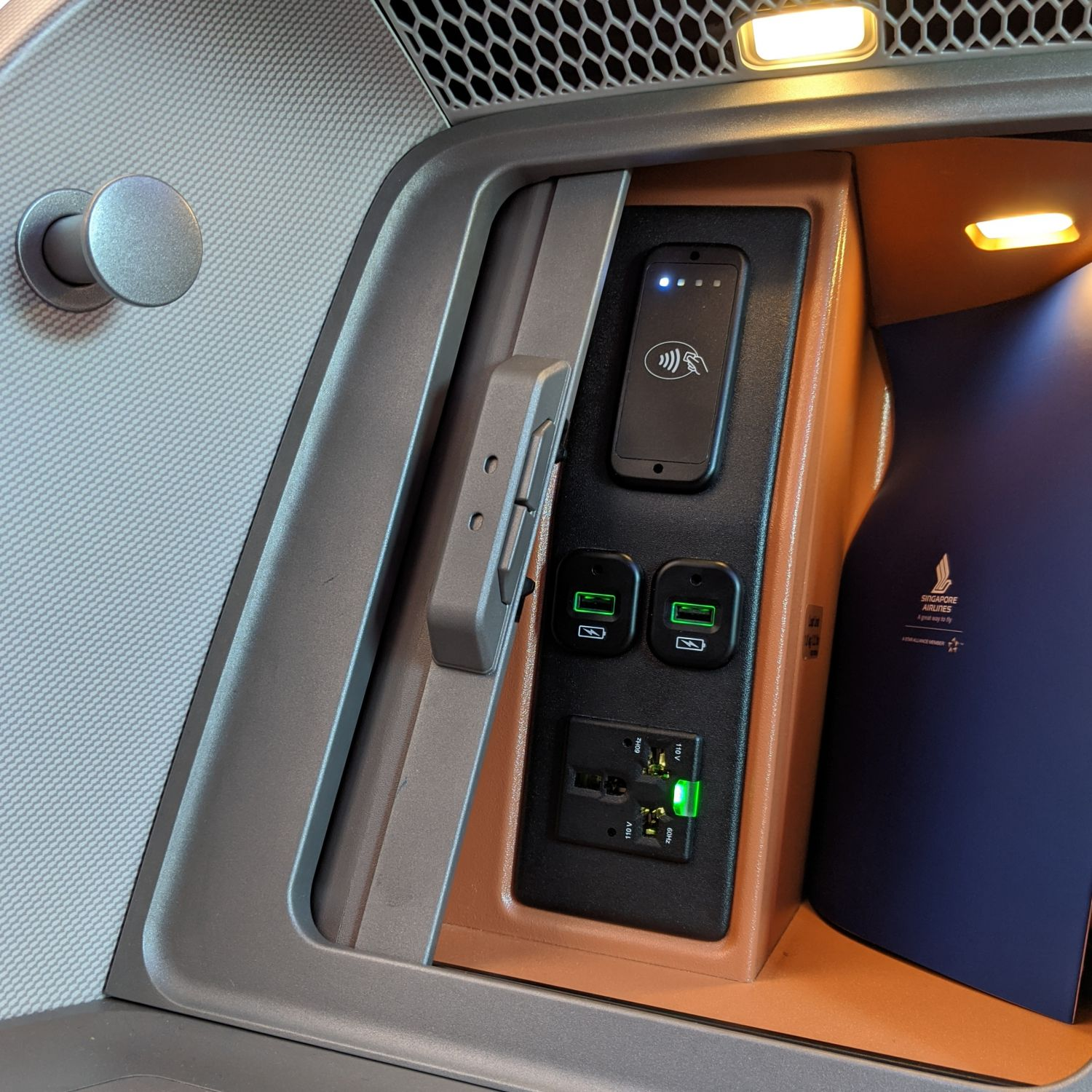 Regional Business Class on Singapore Airlines SQ850 Boeing 787-10 Business Class Cabin