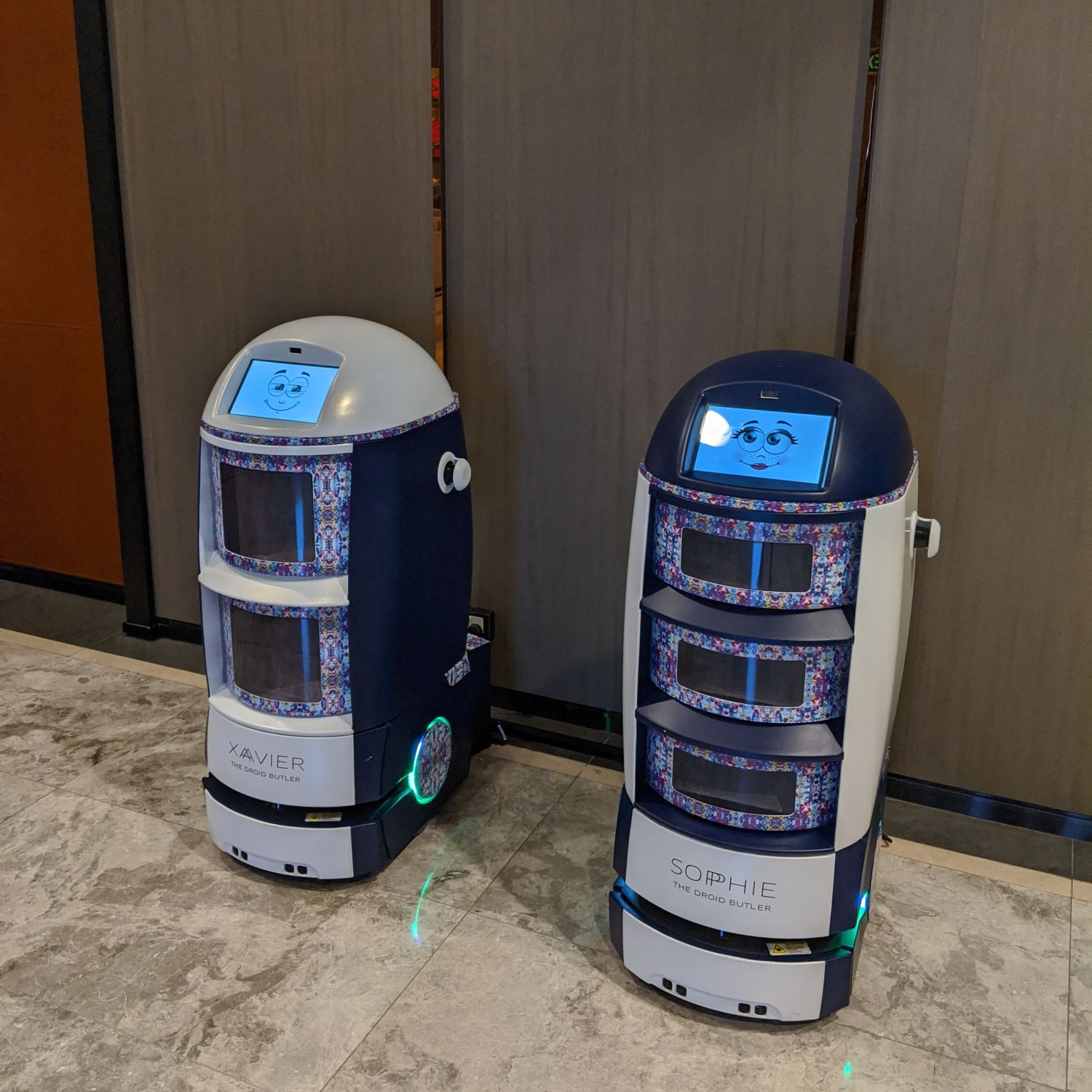 sofitel singapore city centre droid butlers