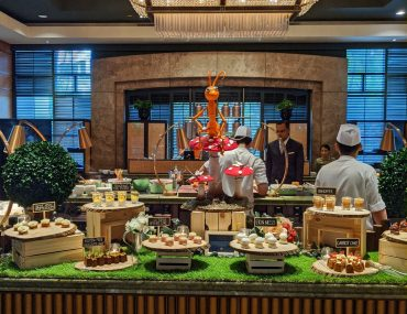 Tea Lounge at Regent Singapore Launches New English Garden Afternoon Tea