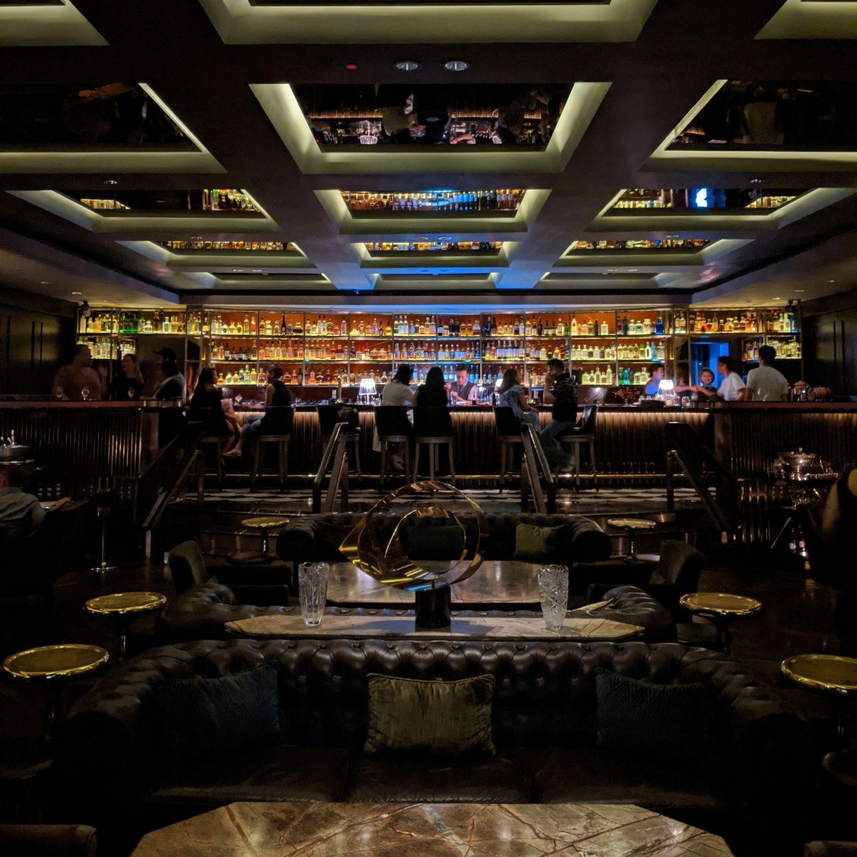 regent singapore manhattan bar