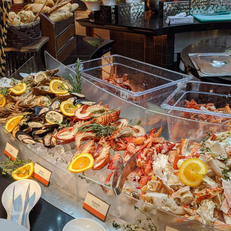 regent singapore basilico sunday brunch seafood bar