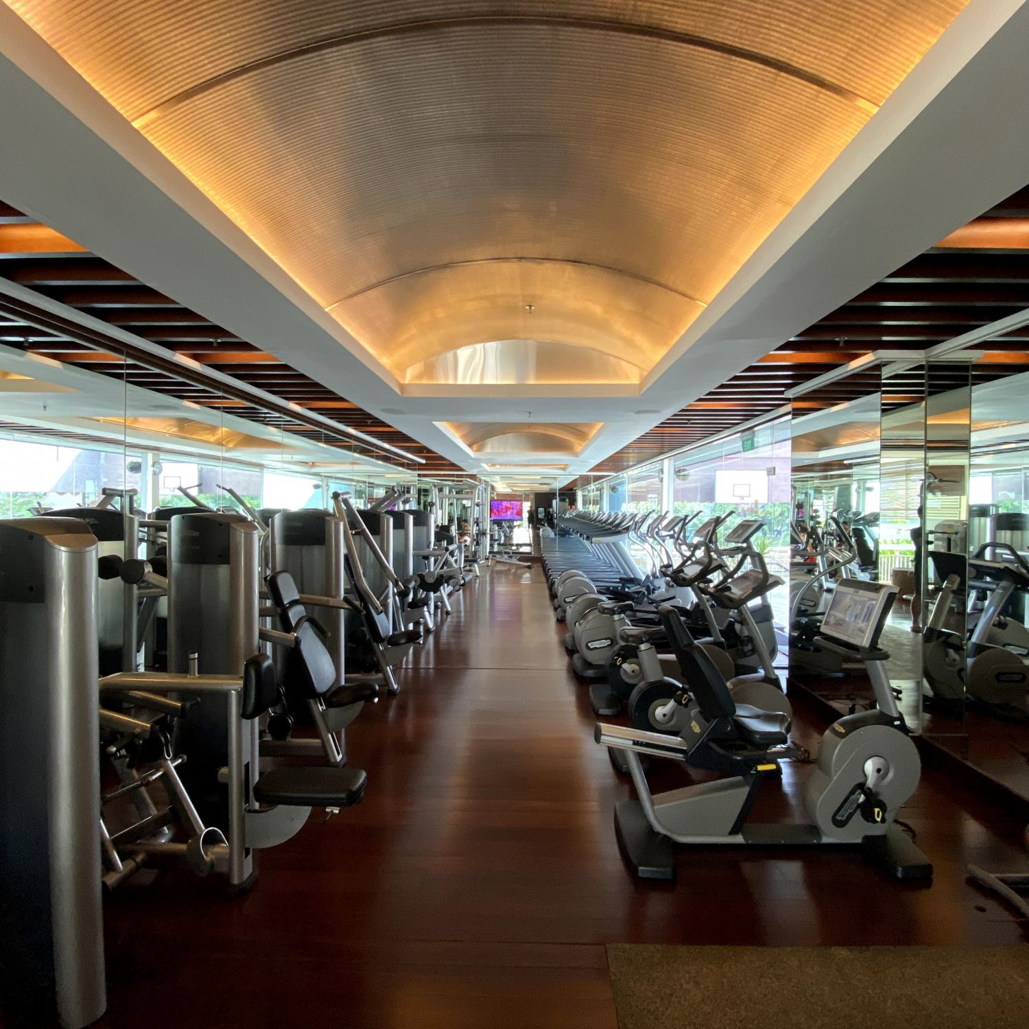 singapore marriott tang plaza hotel fitness centre