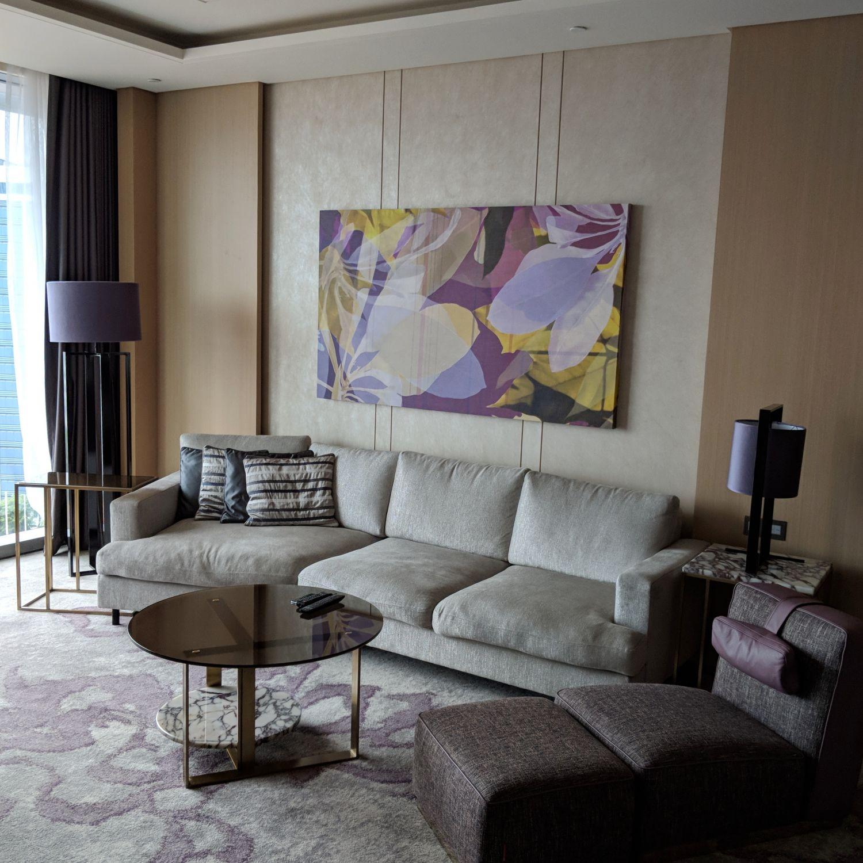 sofitel singapore city centre prestige suite living room