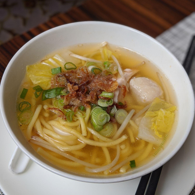 the st. regis singapore brasserie les saveurs breakfast chicken noodle soup