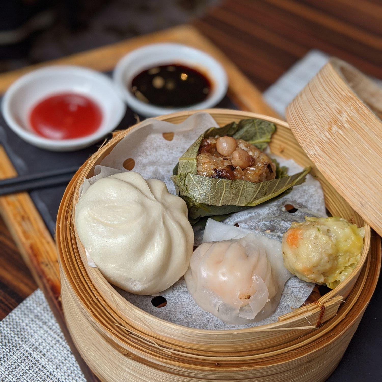 the st. regis singapore brasserie les saveurs breakfast assorted steamed dim sum basket