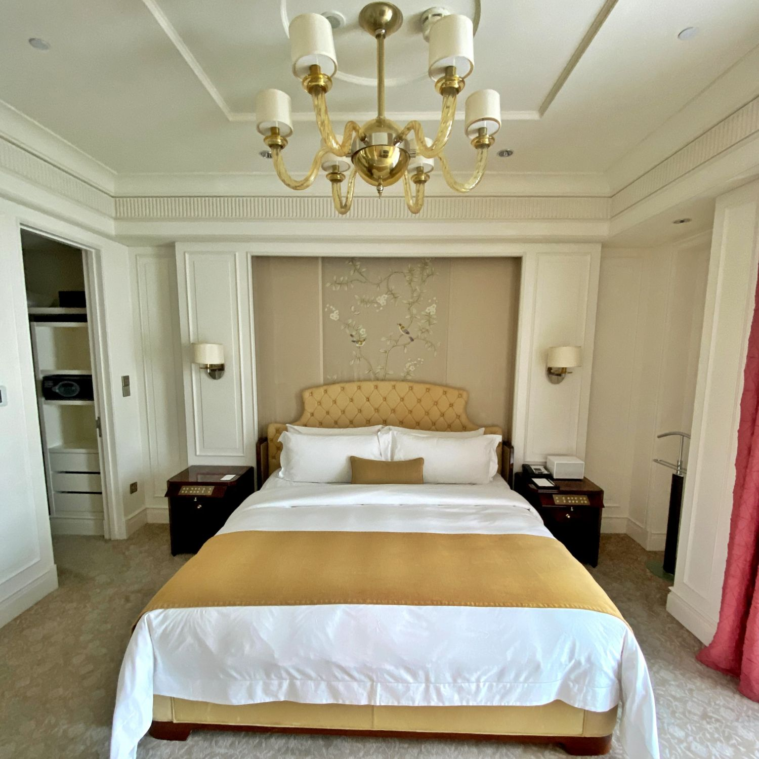 the st. regis singapore caroline astor suite bedroom