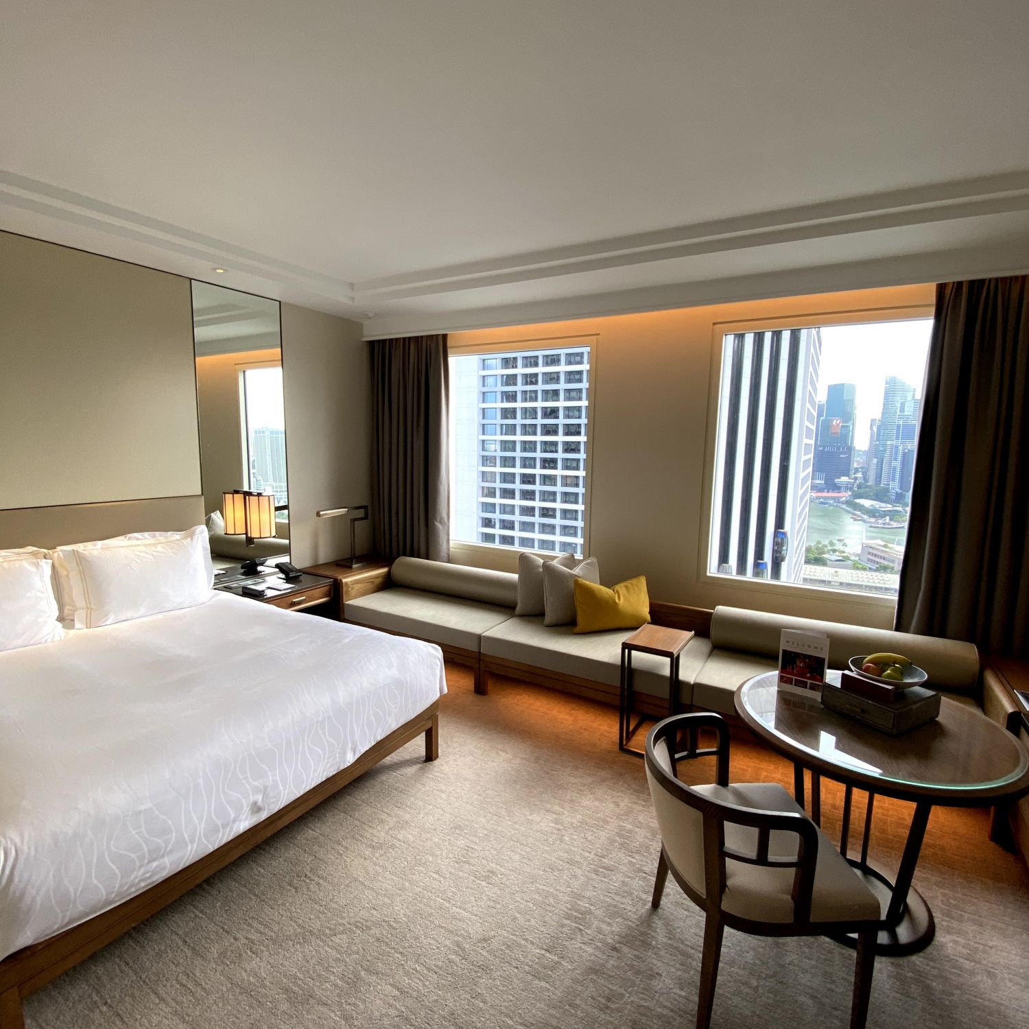 conrad centennial singapore executive room