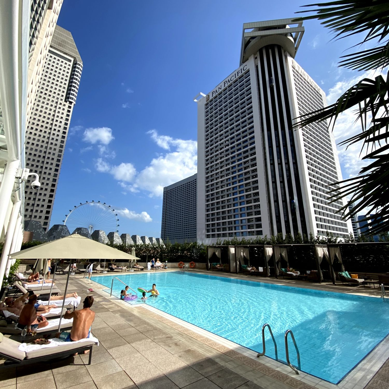 conrad centennial singapore swimming pool