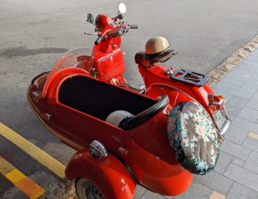 "Mandarin Oriental, Singapore Launches $328++ ""Relax and Ride"" Package with Vintage Vespa Sidecar Ride"