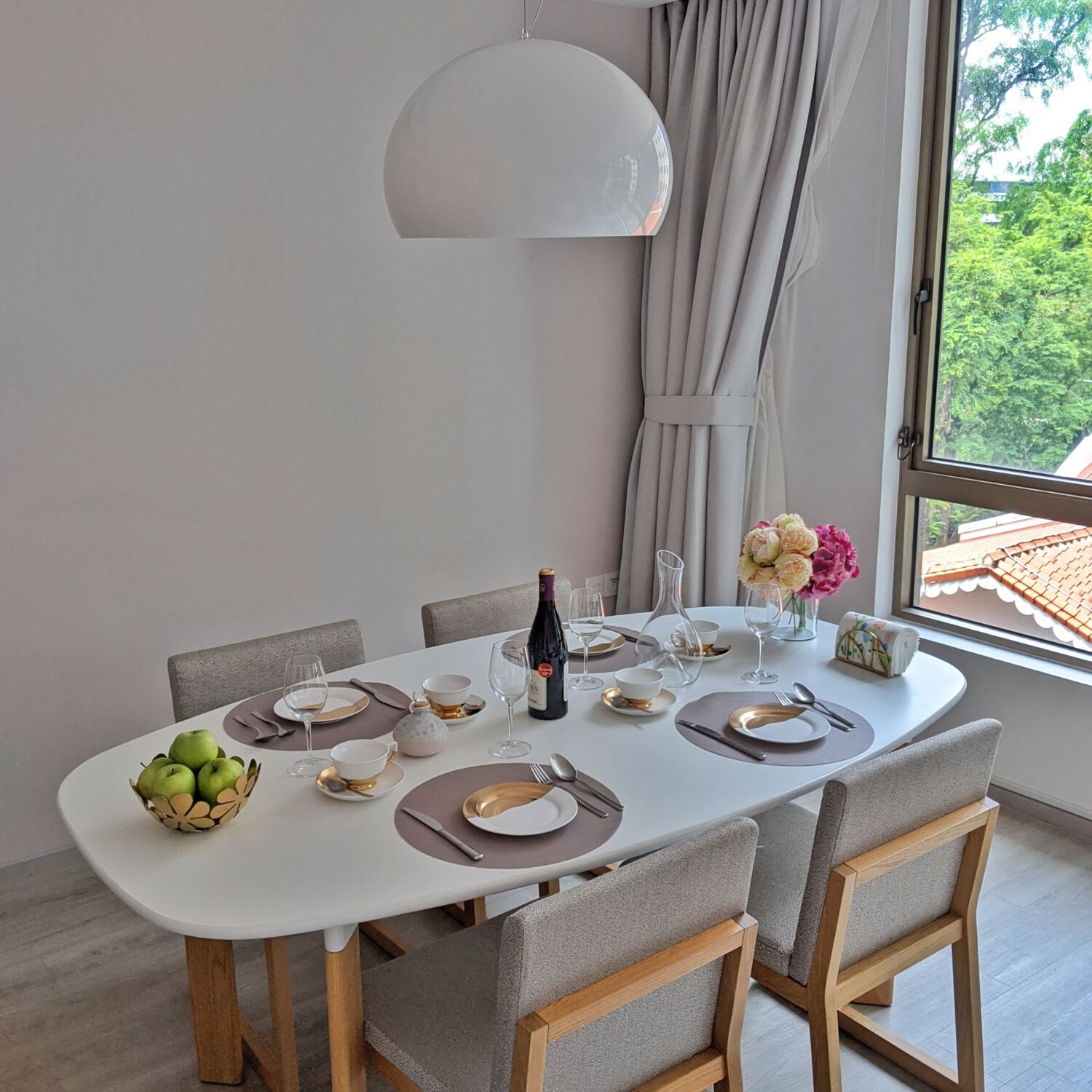 Winsland Serviced Suites by Lanson Place Two-Bedroom Executive Suite Dining Area
