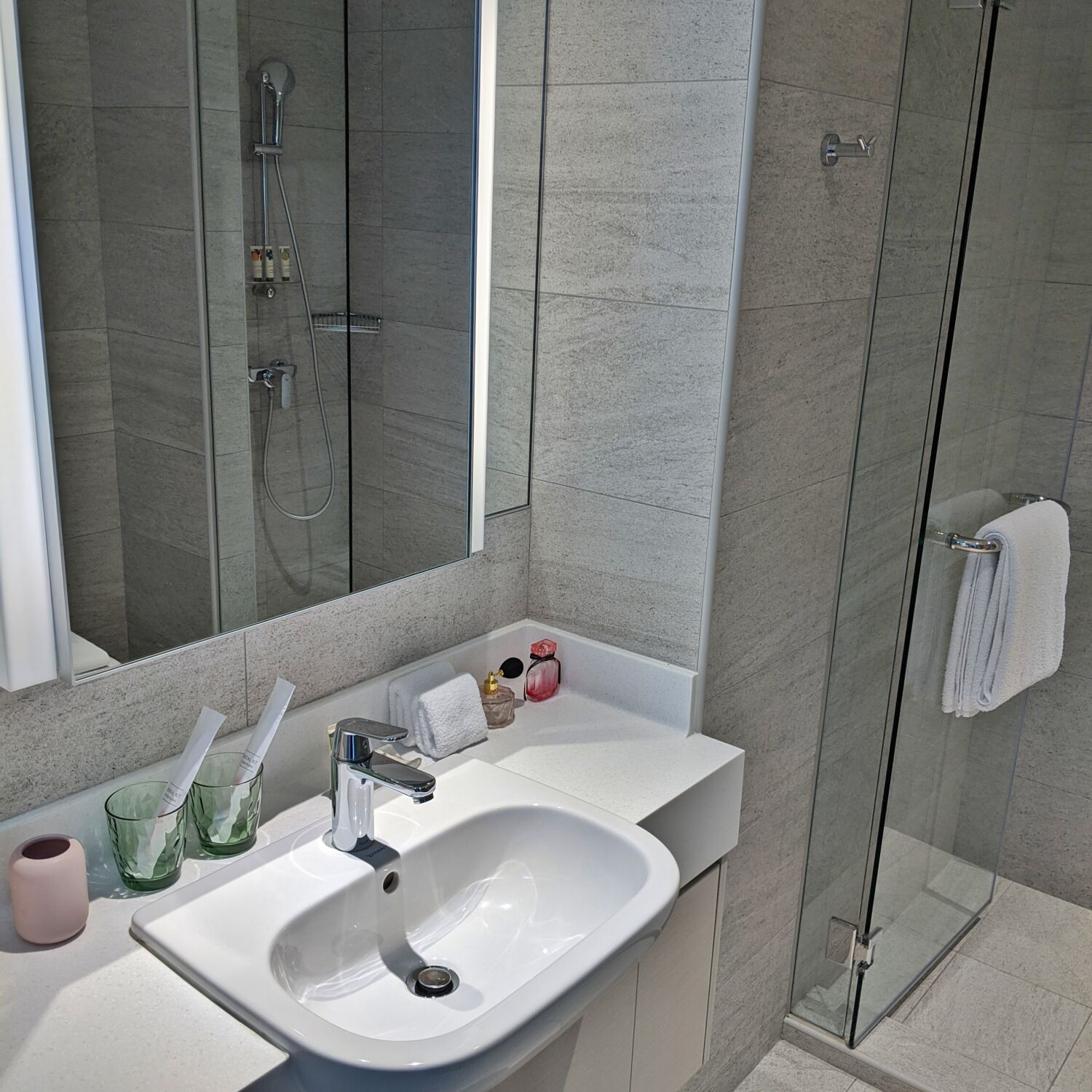 Winsland Serviced Suites by Lanson Place Two-Bedroom Executive Suite Bathroom