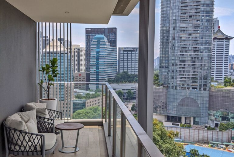 Serviced Apartment Review: Fraser Residence Orchard Singapore (One-Bedroom Executive Terrace) – Luxurious Expat Residential Fantasy Off Orchard Road