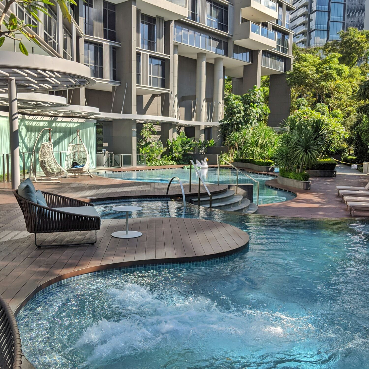 Fraser Residence Orchard Singapore Swimming Pool
