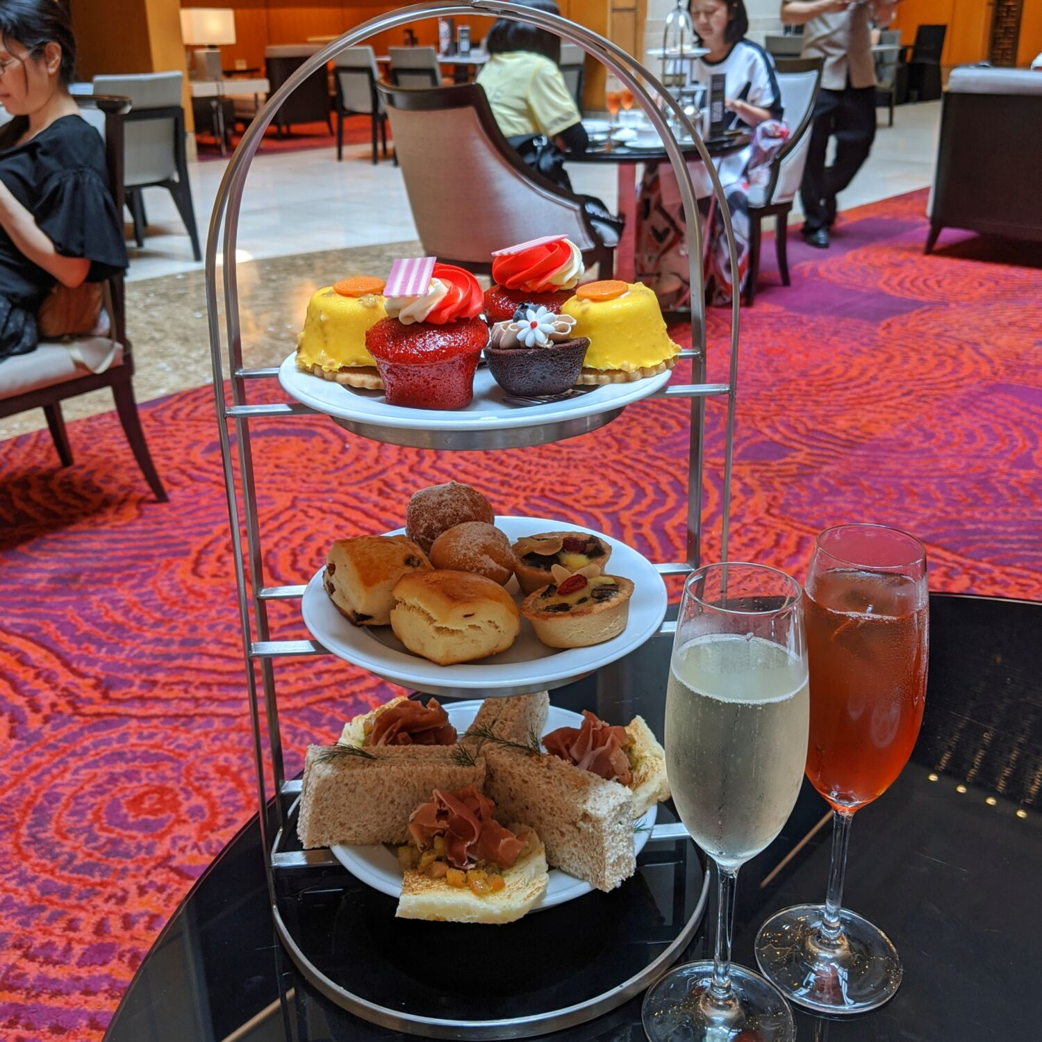 Singapore Marriott Tang Plaza Hotel Lobby Lounge English High Tea with Champagne