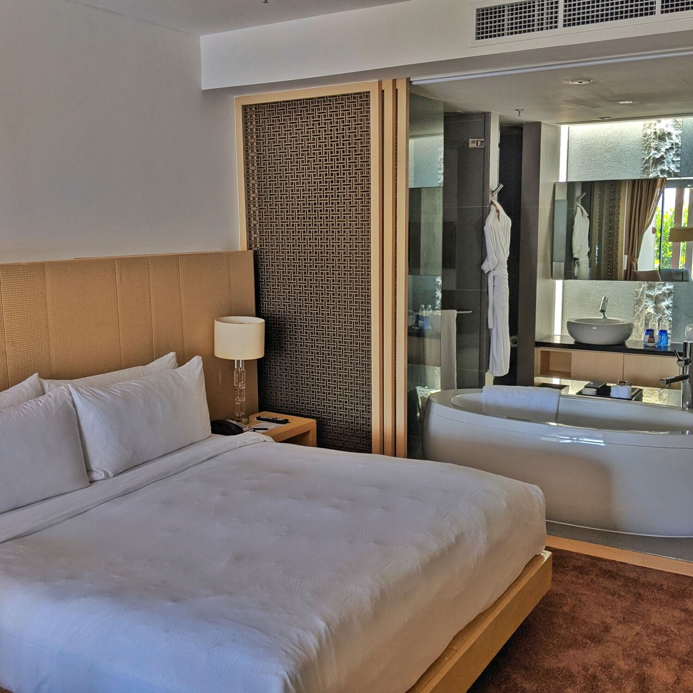 Singapore Marriott Tang Plaza Hotel Pool Terrace Room Bedroom