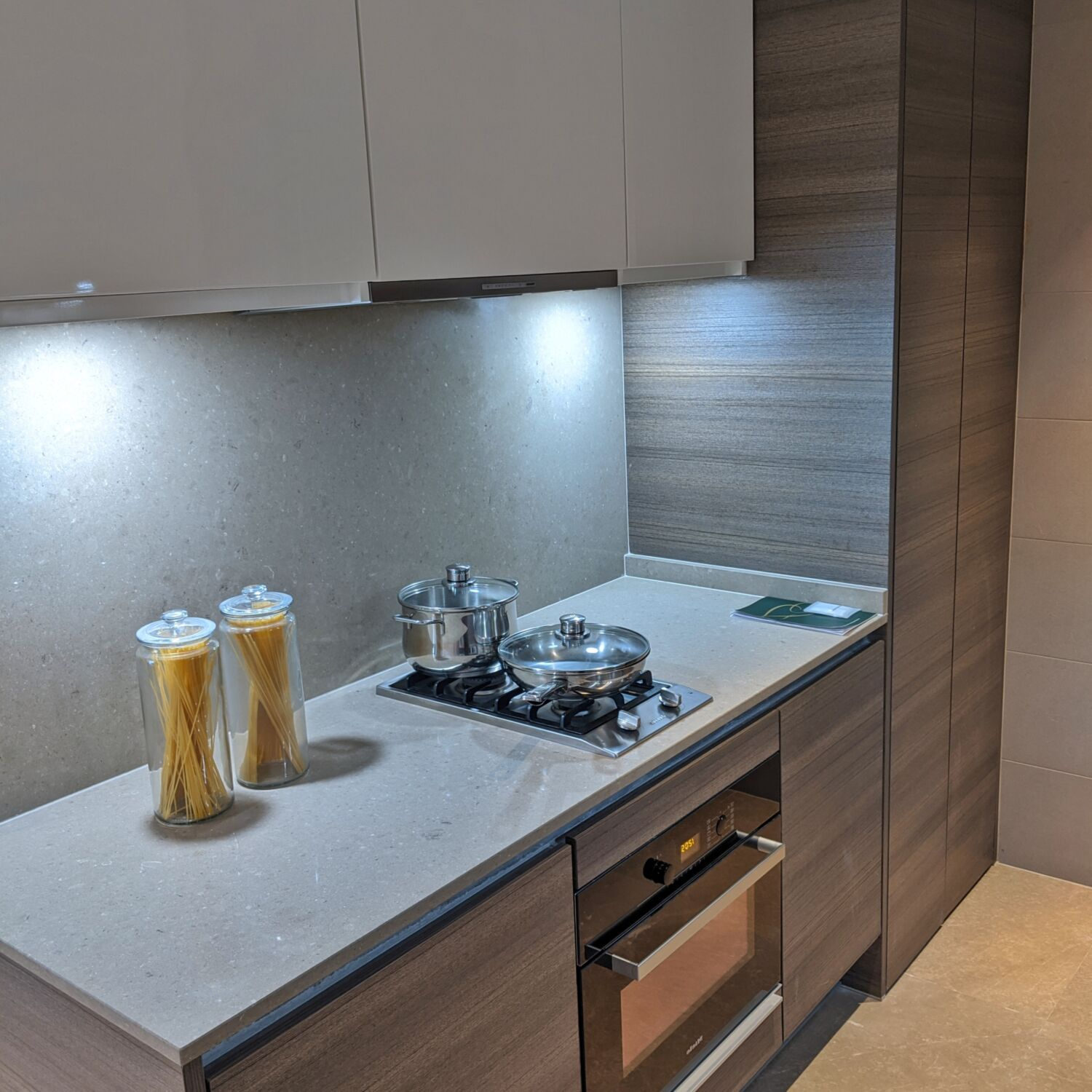 Fraser Residence Orchard Singapore One-Bedroom Executive Terrace Kitchen