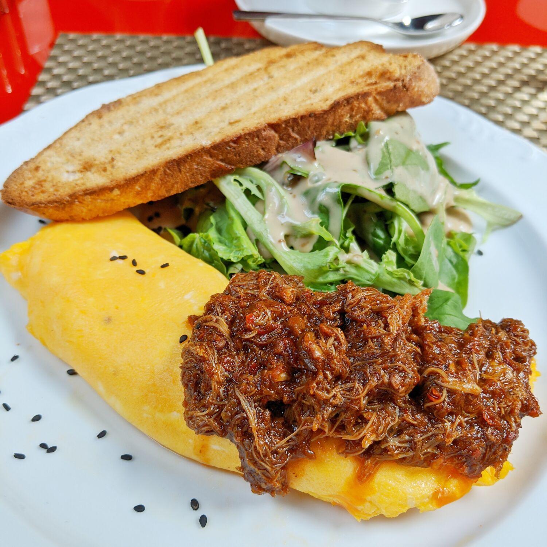 the vagabond club singapore a tribute portfolio hotel breakfast chilli crab omelette