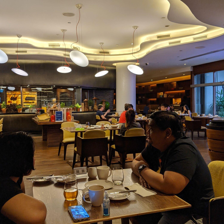 Hilton Singapore Opus Bar & Grill Breakfast
