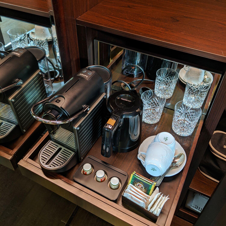 the vagabond club singapore a tribute portfolio hotel vagabond club suite pantry