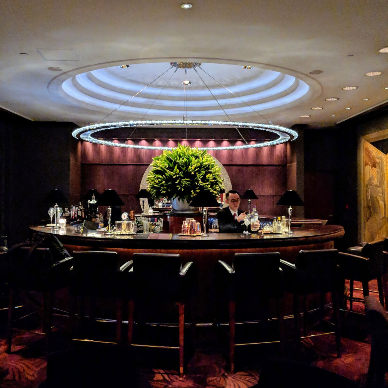 Grand Hyatt Hong Kong Champagne Bar