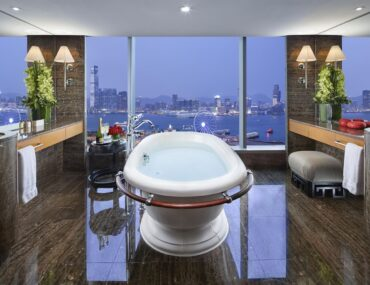 Mandarin Oriental Hotels in Singapore and Hong Kong Launch Singapore Travel Bubble Stay Packages