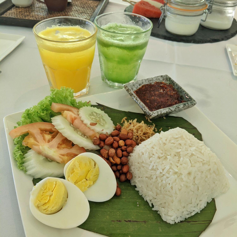 Villa Samadhi Singapore Tamarind Hill Breakfast Nasi Lemak