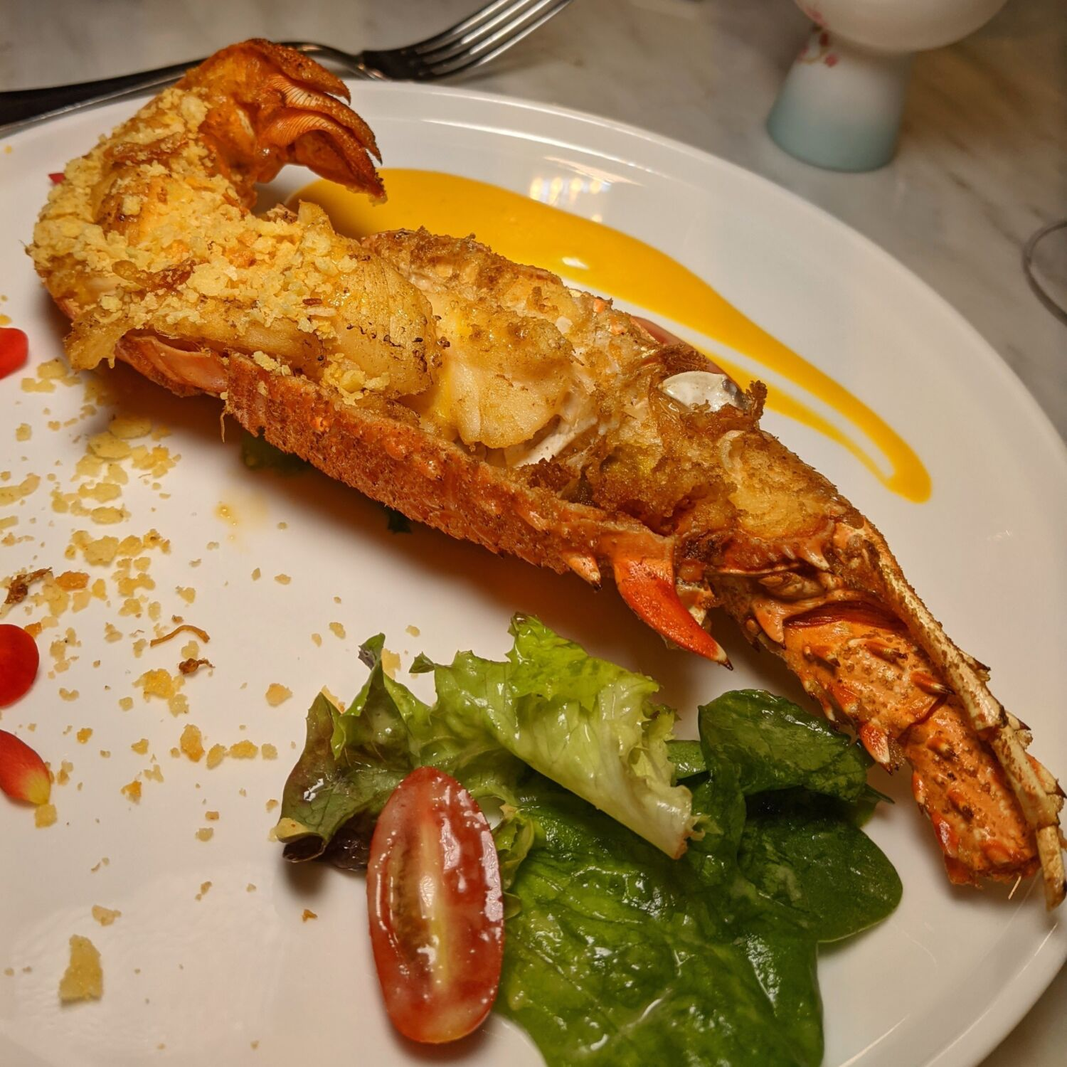 Raffles Hotel Singapore Yi by Jereme Leung Baked Lobster with XO Sauce and Cheese