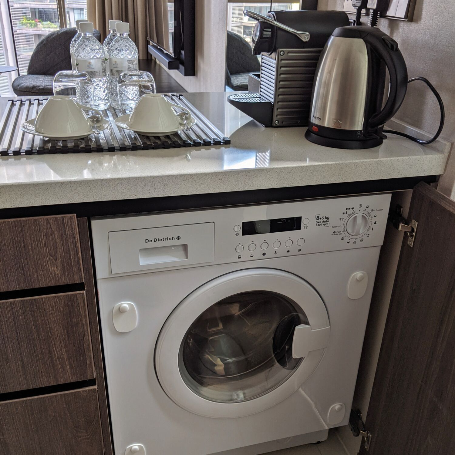 Ascott Orchard Singapore One-Bedroom Premier Suite Washer-Dryer