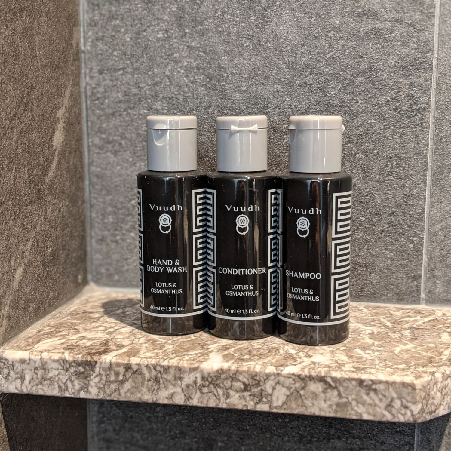 The Clan Hotel Singapore Premier Room Bathroom Bathroom Amenities