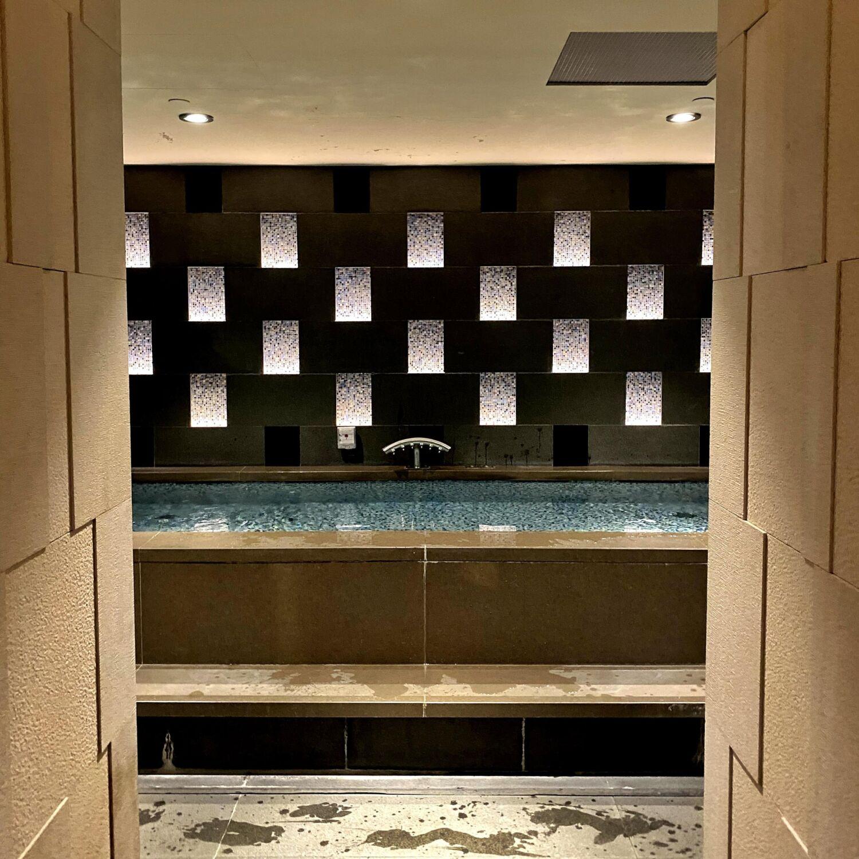The Ritz-Carlton Millenia Singapore The Ritz-Carlton Spa Singapore Jacuzzi