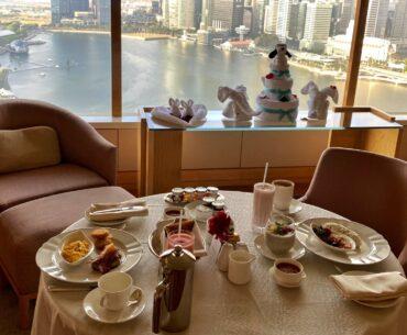 The Ritz-Carlton Millenia Singapore One-Bedroom Millenia Suite In-room Dining